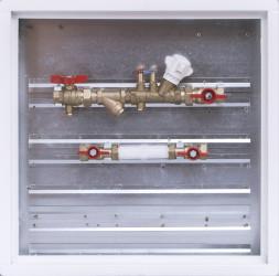 Sestava s filtrem a vyvažovacím ventilem / skříň 500 x 500 x 110 mm